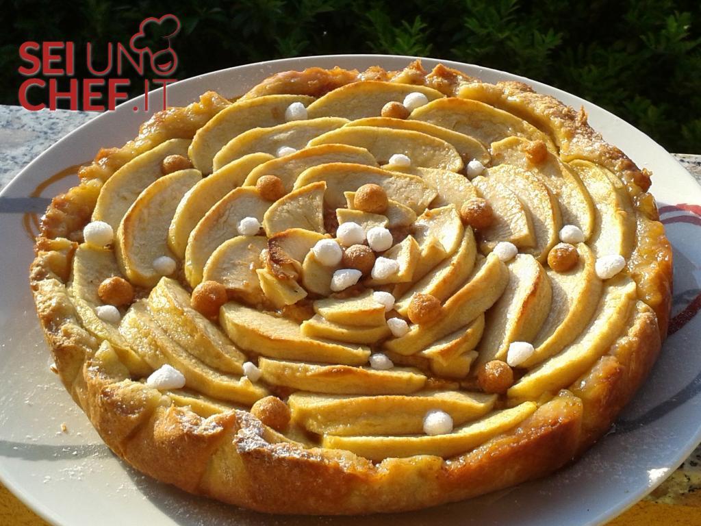 Crostata di mele e amaretti con crema pasticcera for Crostata di mele